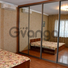 Сдается в аренду квартира 2-ком 59 м² Плетневская, 2, метро Горьковская