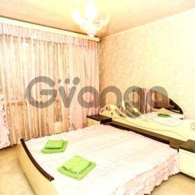 Сдается в аренду квартира 2-ком 62 м² Карла Маркса, 44, метро Московская