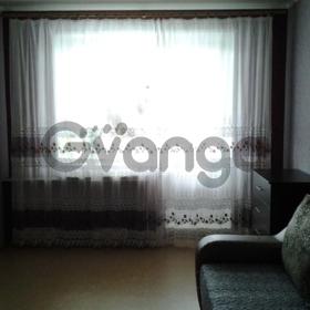Сдается в аренду квартира 2-ком 56 м² Льва Толстого, 7, метро Буревестник