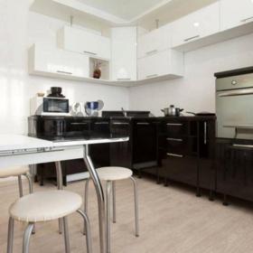 Сдается в аренду квартира 2-ком 64 м² Космонавта Комарова, 2 к2, метро Заречная