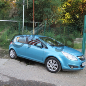 Opel Corsa  1.4 AT (100 л.с.) 2010 г.