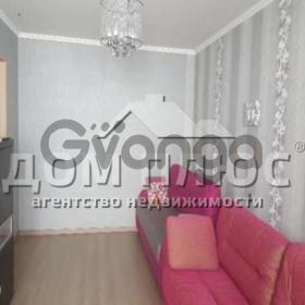 Продается квартира 2-ком 74 м² Оболонский просп