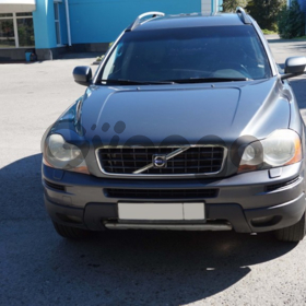 Volvo XC90  2.5 AT (210 л.с.) 4WD 2006 г.