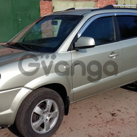Hyundai Tucson  2.0 AT (140 л.с.) 4WD 2007 г.