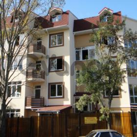 Продается квартира 3-ком 104 м² учительская