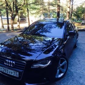 Audi A4  2.0 AT (211 л.с.) 4WD 2009 г.