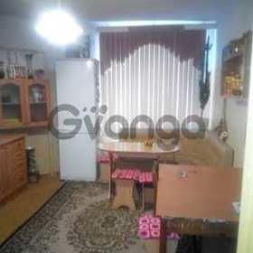 Продается квартира 2-ком 68.6 м² Гурьянова ул.