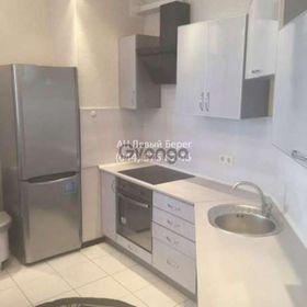 Сдается в аренду квартира 1-ком 46 м² ул. Ахматовой Анны, 30, метро Позняки