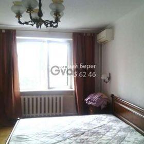 Сдается в аренду квартира 2-ком 57 м² ул. Героев Сталинграда, 18, метро Нивки