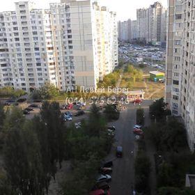 Продается квартира 2-ком 71 м² ул. Григоренко Петра, 1, метро Позняки