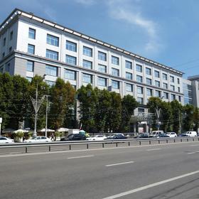Сдается в аренду офисный блок 1225 м² Звенигородское шоссе, 18, метро Улица 1905 года