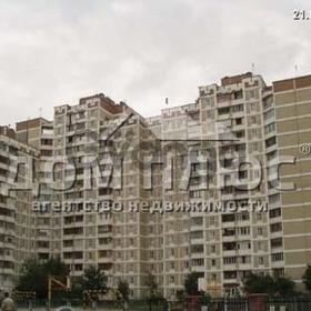 Сдается в аренду квартира 3-ком 79 м² Ревуцкого