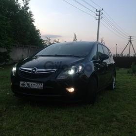 Opel Zafira  2.0d AT (165 л.с.) 2013 г.