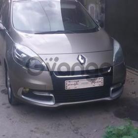 Renault Scenic  1.6 MT (110 л.с.) 2012 г.