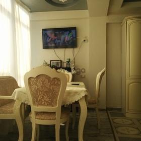 Продается квартира 2-ком 65 м² Виноградная