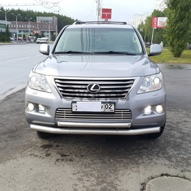 Lexus LX  570 5.7 AT (367 л.с.) 4WD 2011 г.