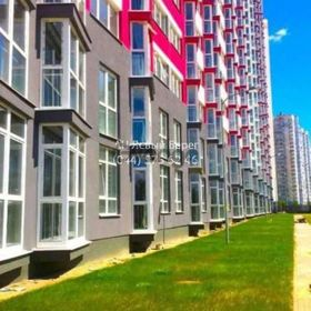 Продается квартира 1-ком 50 м² ул. Драгоманова, 2а