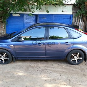 Ford Focus 1.6 AT (100 л.с.) 2005 г.