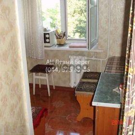 Продается квартира 3-ком 42 м² ул. Русановская Набережная, 10