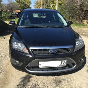 Ford Focus  1.6 AT (100 л.с.) 2010 г.