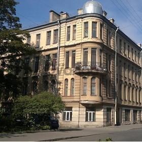 Продается квартира 2-ком 68 м² 15 линия В.О., 40, метро Василеостровская