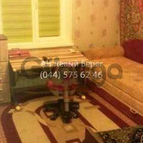 Продается квартира 2-ком 50 м² ул. Ревуцкого, 29, метро Харьковская