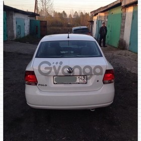 Volkswagen Polo 1.6 MT (105 л.с.) 2013 г.