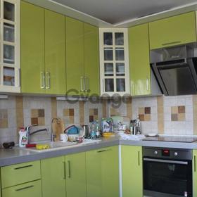 Продается квартира 2-ком 64 м² Школьный4