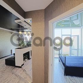 Продается квартира 2-ком 42 м² Крымская ул.