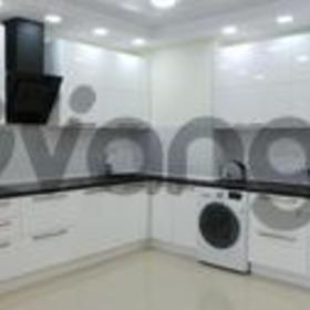 Продается квартира 2-ком 87 м² Виноградная ул.