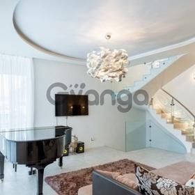 Продается квартира 3-ком 65 м² Гастелло