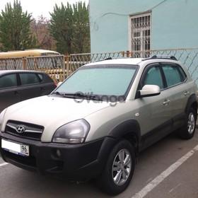 Hyundai Tucson 2.0d AT (112 л.с.) 2009 г.
