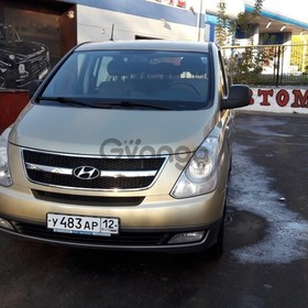 Hyundai Starex (H-1) 2.4 AT (173 л.с.) 2011 г.