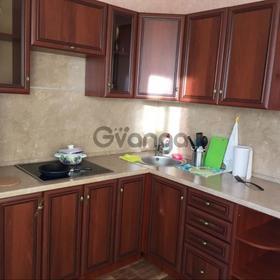 Сдается в аренду квартира 1-ком 42 м² Волжская15