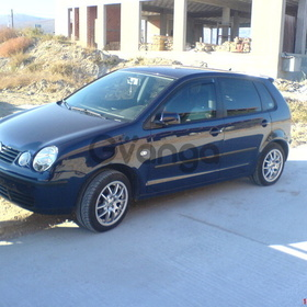 Volkswagen Polo 1.4 AT (75 л.с.) 2004 г.
