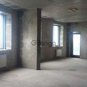 Продается квартира 3-ком 65 м² Тепличная