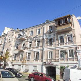 2к квартира общ. пл. 58.4 кв.м. под офис в центре на Софиевской 8.
