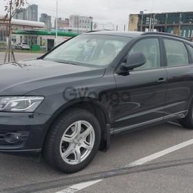 Audi Q5 2.0 MT (180 л.с.) 4WD 2011 г.