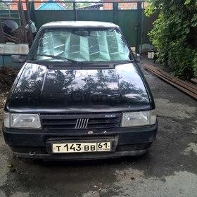 Fiat UNO  1.1 MT (50 л.с.) 1991 г.