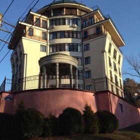 Продается квартира 2-ком 64 м² К. Маркса, 3