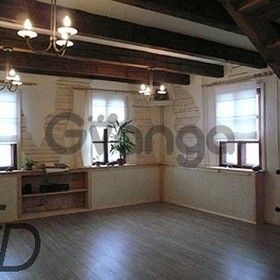 Сдается в аренду дом с участком 280 м²
