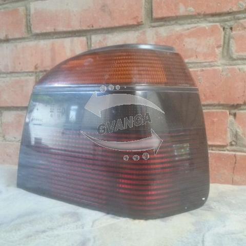 Задний фонарь VW Golf III