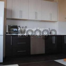 Продается квартира 2-ком 80 м² ул. Мишуги, 8, метро Позняки