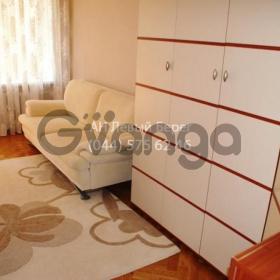 Продается квартира 3-ком 80 м² ул. Суворова, 19, метро Арсенальная