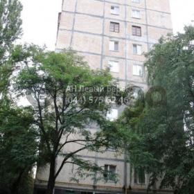 Продается квартира 3-ком 70 м² ул. Бакинская, 37, метро Дорогожичи