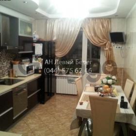 Продается квартира 3-ком 105 м² ул. Ахматовой Анны, 33, метро Позняки