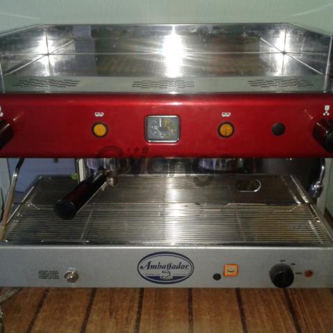 Продам кофемашину двухпостовую бу Firenze SL