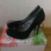 Модельные замшевые туфли 38р.
