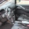 Nissan Navara (Frontier)  2.5d AT (174 л.с.) 4WD